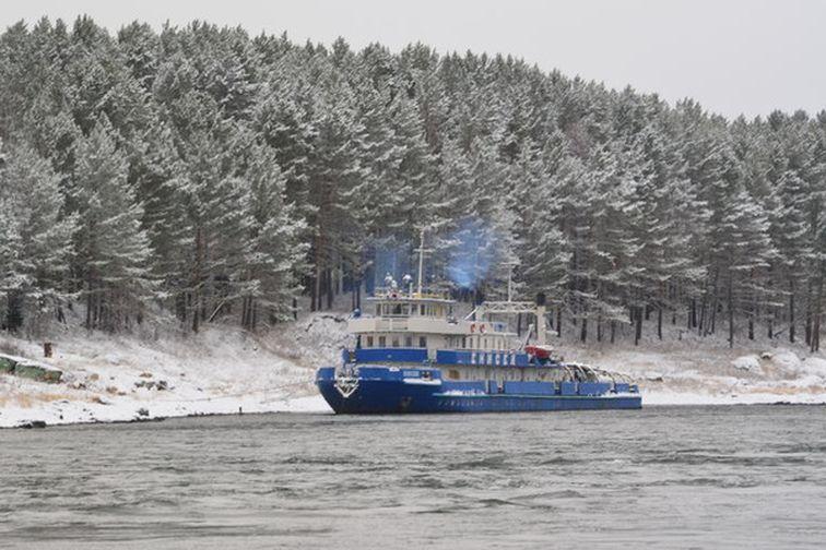 Готовь сани летом, а флот зимой