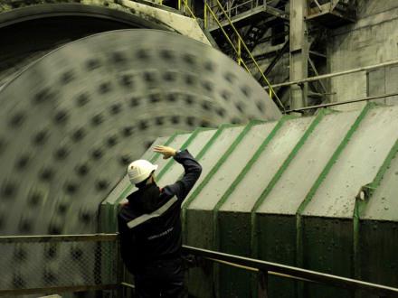 На обогатительной фабрике Кольской ГМК испытывают новую схему дробления руды