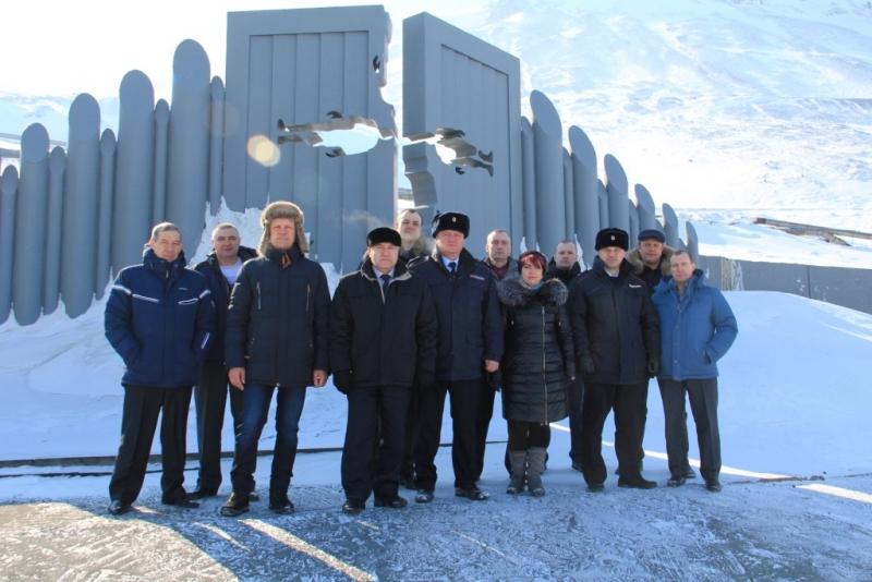 """Акция """"Час ветерана"""" в Норильске завершилась мероприятиями для отставных сотрудников ГАИ"""