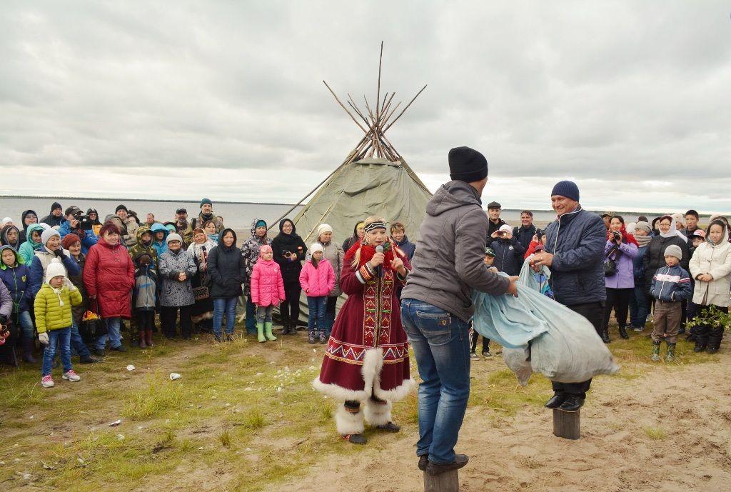 Международный день коренных народов мира празднуют в таймырских поселках