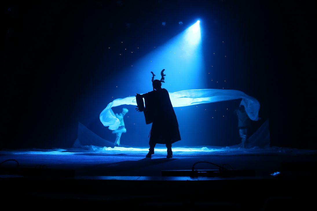 Создатель «Снов белой земли» Евгений Ибрагимов: «В театре пришло время говорить на универсальном языке»