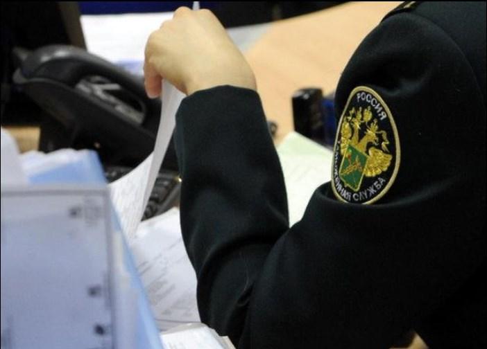 Свыше 193 тысяч единиц контрафакта задержали сибирские таможенники