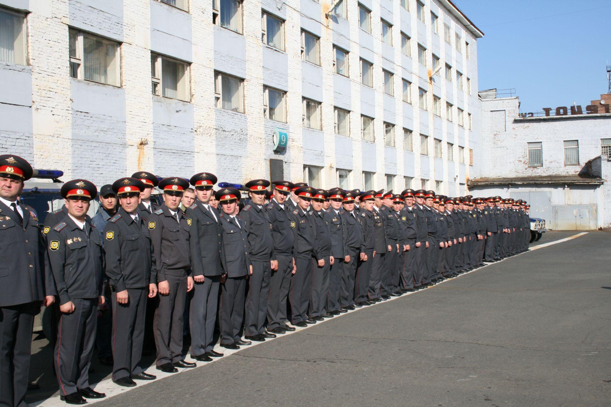 14 лучших сотрудников ППС Норильска получат 2 сентября награды в честь 90-летия со дня образования патрульно-постовой службы в системе МВД