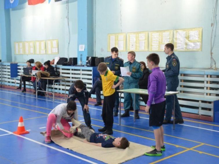 Таймырские школьники показали знания и навыки ОБЖ на городских соревнованиях