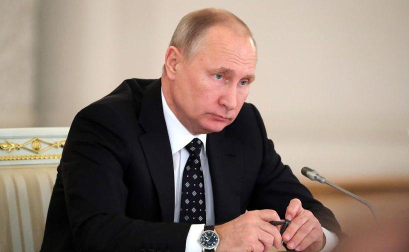 Владимир Путин поручил правительству улучшить экологию в 12 городах страны