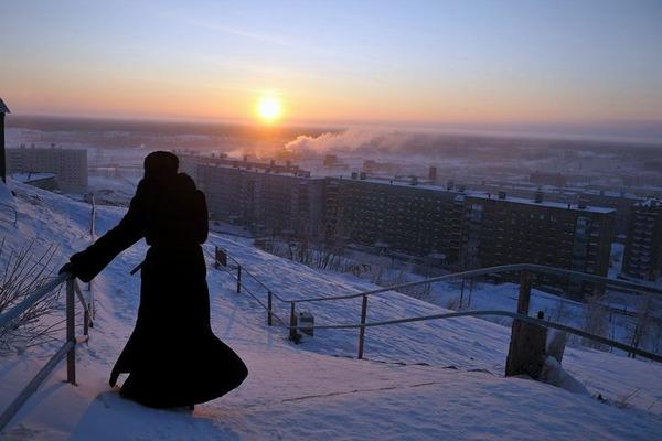 В понедельник полярная ночь в Норильске официально закончится