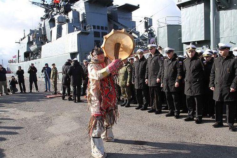 Отряд кораблей Северного флота прибыл научения вКрасноярский край