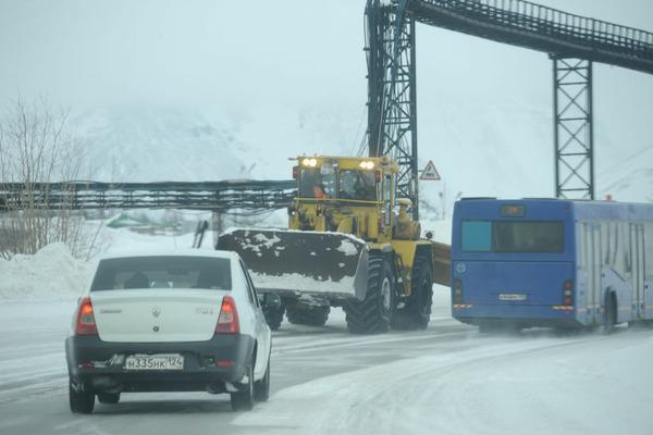 В ночь с 18 на 19 мая полностью перекроют автодорогу Норильск – Алыкель