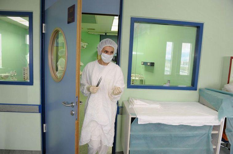 Медикам края подняли зарплату
