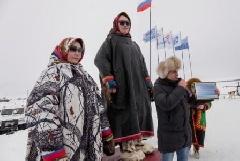 Кочевники из тундры съехались в Тухард на День оленевода