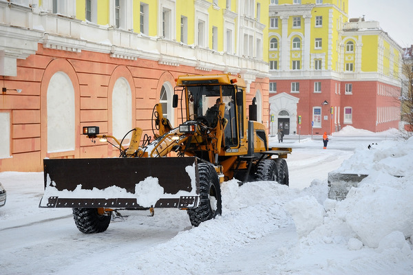 В Норильске впервые почистят от снега «ничейные» участки дворов