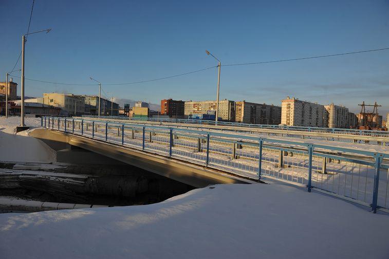 В Норильске после ремонта открывают мост в районе хлебозавода