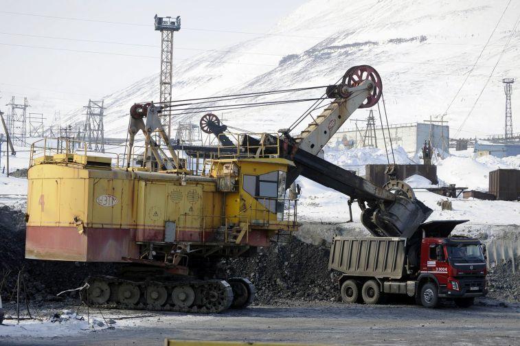За год аварийные отказы оборудования экскаваторов снижены ремонтниками «Норильсктрансремонта» до 24%
