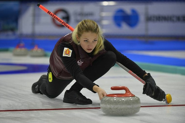 Анна Веневцева из Красноярска вошла в расширенный состав сборной России по керлингу