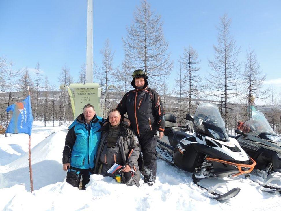 Мастер с «Надежды» Григорий Евлаш с командой добрался до географического центра России