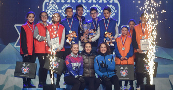 В детских турнирах первое место - у команды 16-летнего Эльдияра Оморова из Дудинки