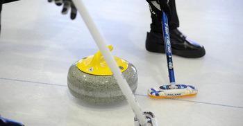 Сегодня на Arctic Curling Cup дебютируют команды Канады и Республики Корея, а также пройдет церемония открытия турнира