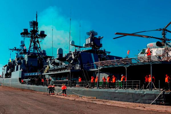 Корабли Северного флота прибыли в Дудинку на учения