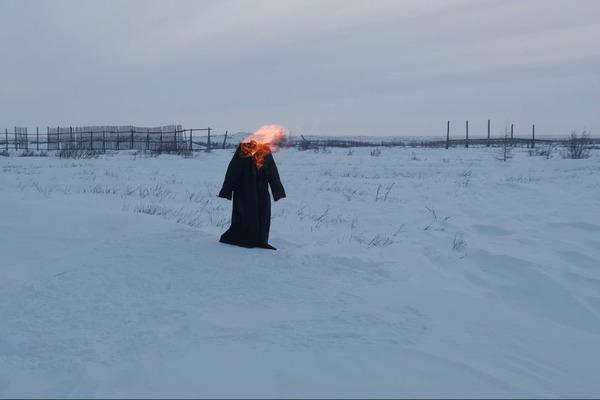 В Норильске завтра откроется фестиваль моды и современного искусства «Чёрное пальто»