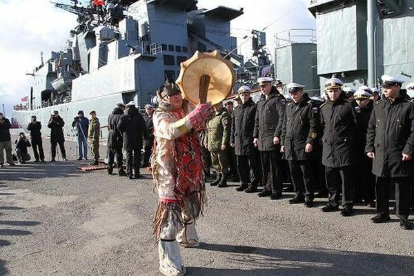 Большие десантные корабли Северного флота прибыли в Дудинку для участия в учениях