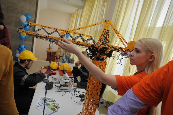 Норильским школьникам презентовали широкий выбор профессий, которые можно получить в городе