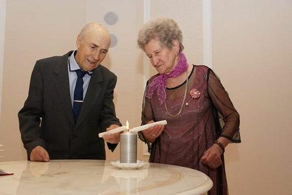 Таймырская супружеская пара отметила бриллиантовую свадьбу