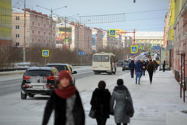 В Норильске снова работают аэропорт и школы