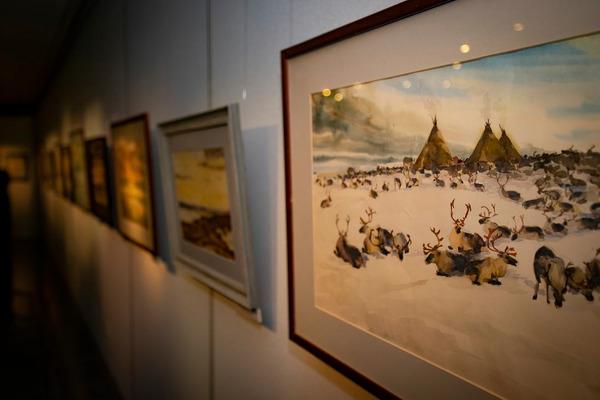 Таймырский краеведческий музей представил уникальную экспозицию Мотюмяку Турдагина «Счастливый из народа Ня»