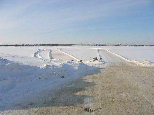 С сегодняшнего дня закрыта ледовая переправа через реку Дудинку