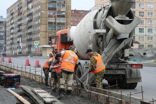 На ремонт тротуаров и бордюров на улицах Норильска потратят 46 миллионов рублей