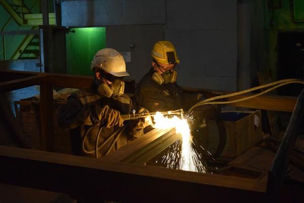 На медном заводе идет капитальный ремонт первой технологической линии участка производства элементарной серы