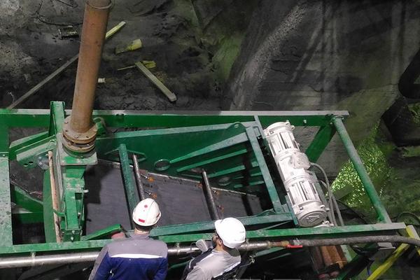 На обогатительной фабрике Кольской ГМК проходит испытания высокочастотный грохот