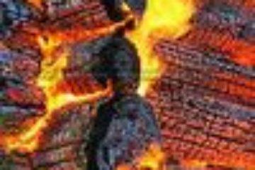 Следственно-оперативная группа обнаружила тело девочки, предположительно погибшей при пожаре в таймырском поселке