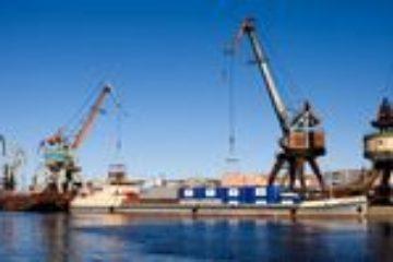 """Сотрудники ЗТФ """"Норникеля"""" помогут правоохранительным и контролирующим структурам обеспечить безопасность в период речной навигации"""