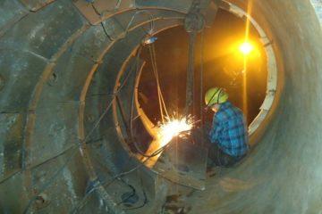 На Талнахской обогатительной фабрике по новой технологии отремонтировали шаровую мельницу