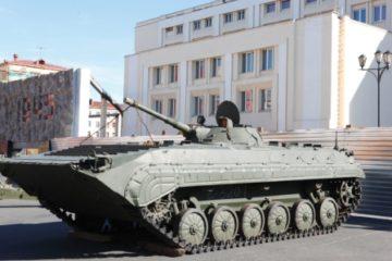Норильску подарили боевую машину пехоты