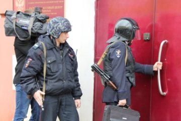 Учения по реагированию на противоправные действия прошли в среду в норильском расчетно-кассовом центре