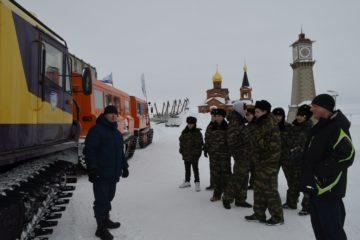 Таймырские спасатели участвуют в учениях по отработке навыков ведения поисково-спасательных работ в условиях арктической тундры