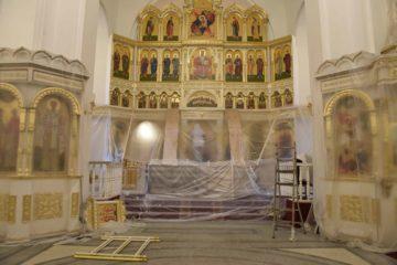 Первое после ремонта в храме Всех Скорбящих Радость богослужение состоялось сегодня
