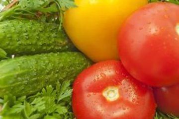 Огурцы и помидоры подорожали в Красноярье за месяц более чем на 60%