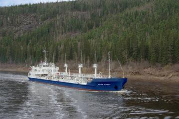 Суда Енисейского пароходства открыли навигацию на Нижней Тунгуске