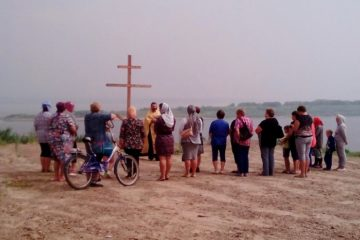 Освящен крест на месте будущего храма в селе Зотино Туруханского района