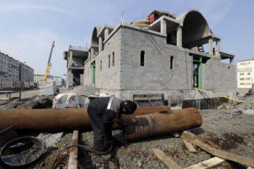 Коробку здания нового храма возведут в Норильске к концу месяца