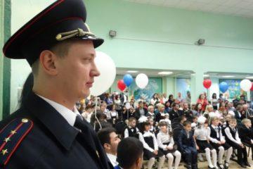 80 полицейских и сотрудников ЧОП обеспечат безопасность в День знаний в Норильске