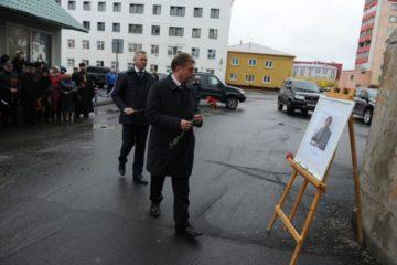 Мемориальные доски Лонгину Хану и Николаю Одинцову открыли в Дудинке