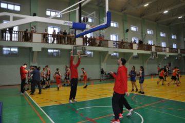Баскетболисты ЦСКА провели мастер-класс для юных норильских спортсменов