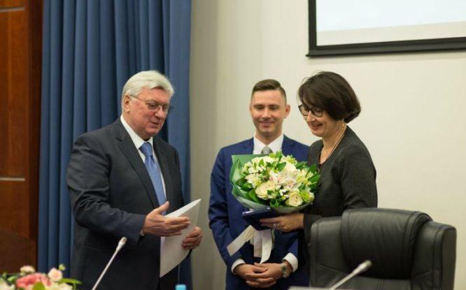Медаль МГИМО «За заслуги» вручили руководителю Благотворительного фонда Владимира Потанина