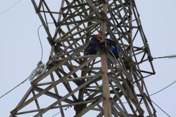 Аварийная бригада восстановила оптоволоконный кабель