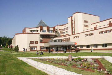 Для абитуриентов Сибирского федерального университета вдвое снизят стоимость обучения