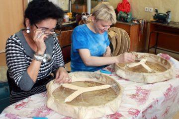 В Норильском колледже искусств северян  учили делать настоящие шаманские бубны